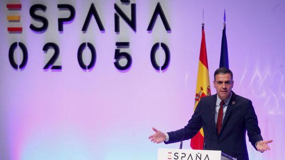 Sánchez plantea la llegada de al menos 255.000 inmigrantes cada año hasta 2050 para pagar las pensiones