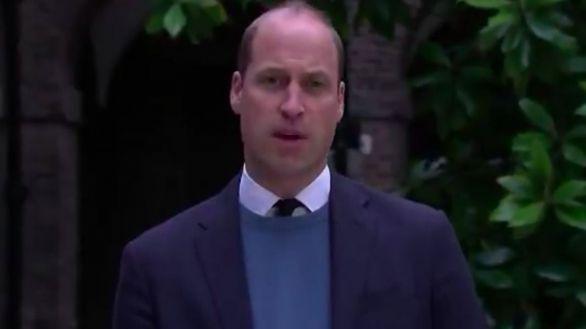 El príncipe Guillermo acusa a la BBC de contribuir al aislamiento de Diana de Gales