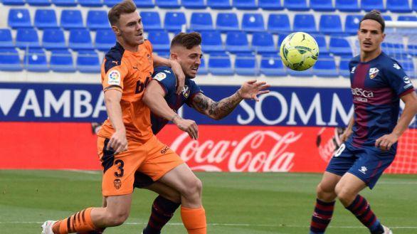 El Huesca baja al contaminarse de la depresión del Valencia | 0-0