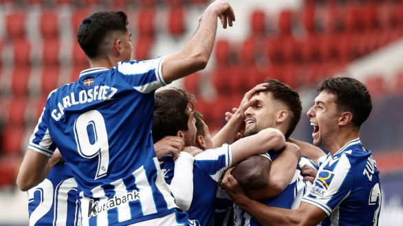 La sufrida Real Sociedad entra en la Europa League gracias a Isak | 0-1