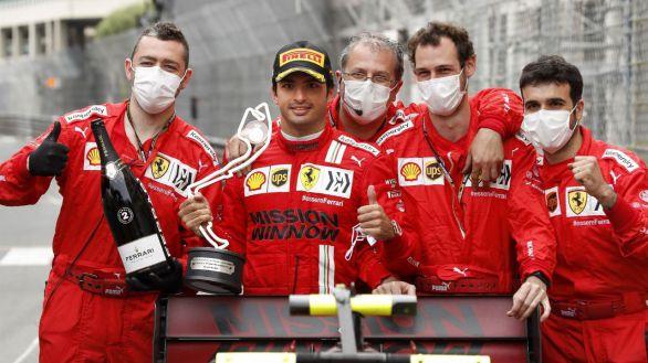 GP Mónaco. Max Verstappen da un golpe y Carlos Sainz hace historia en Ferrari