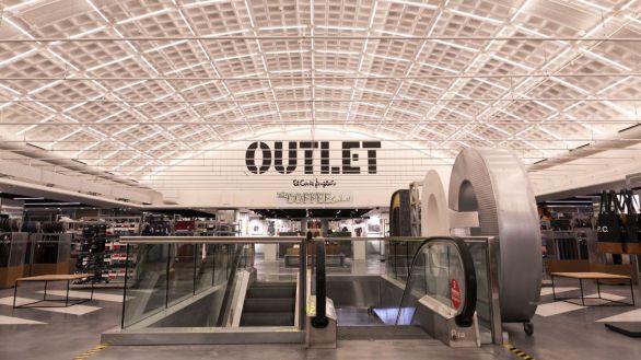El Corte Inglés transforma su centro de Arapiles en un Outlet con más de 150 marcas de moda