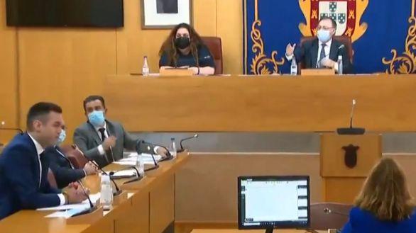 Monumental bronca entre PP y Vox en la Asamblea de Ceuta: