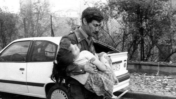 La Guardia Civil rememora en un vídeo los 30 años del atentado al cuartel de Vic