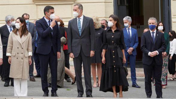 Los Reyes y Sánchez inauguran el Memorial de Víctimas del Terrorismo en Vitoria