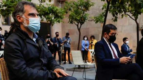 El Constitucional avala las condenas a Sànchez y Cuixart en plena polémica por los indultos