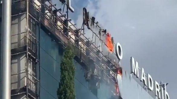 Gran incendio en el hotel Nuevo Madrid