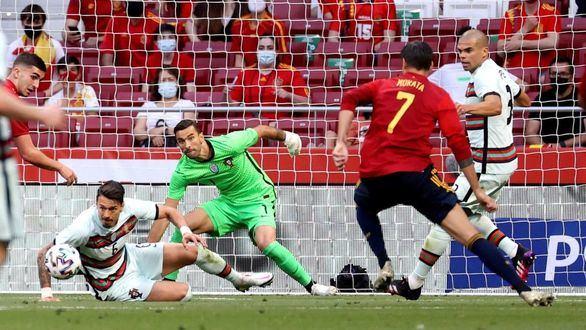 España se carga de convicción tras dominar a Portugal | 0-0