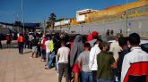 Ceuta denuncia que todavía hay más de 3.000 migrantes 'vagando' en sus calles