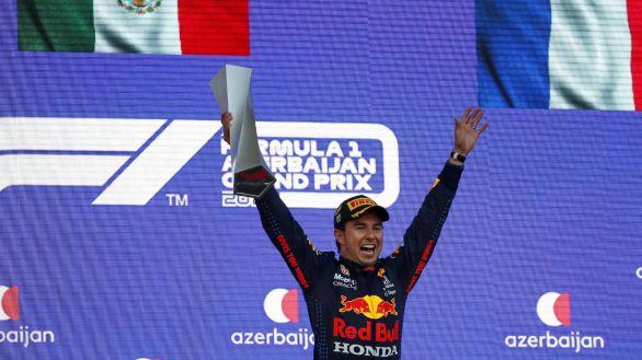 F1. Pérez saca petróleo de Azerbaiyán
