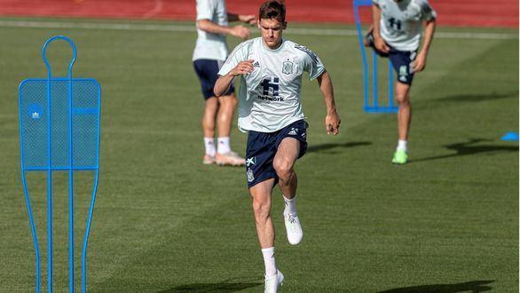 Diego Llorente, segundo positivo en la Selección a seis días del debut