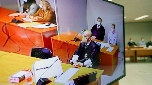Crimen de Godella: 50 años de prisión para el padre y 25 años de internamiento para la madre