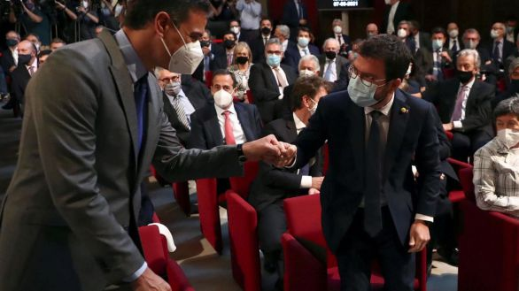 Un documento de ERC revela que planea forzar los indultos sin renunciar a la vía unilateral