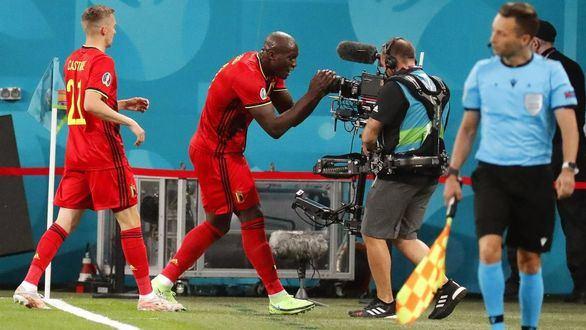 Bélgica debuta metiendo miedo | 3-0