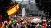 Las imágenes más destacadas de la concentración en Colón contra los indultos