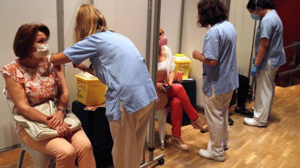 Salud Pública establece tres nuevos grupos de vacunación de 39 a 12 años