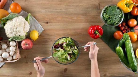 Un estudio concluye que tomar una dieta rica en frutas y verduras reduce el estrés