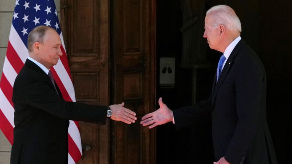 Biden y Putin acuerdan la vuelta de los embajadores y cooperar en seguridad