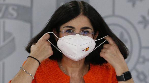 Sanidad sigue sin aclarar cuándo acabará la mascarilla al aire libre: