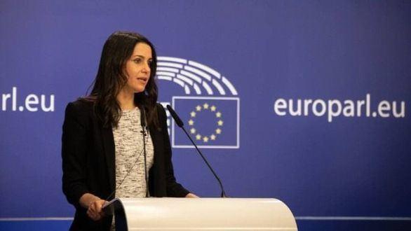 Arrimadas denuncia en Bruselas los indultos: