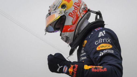 F1. Verstappen vuela en Francia y Sainz repite quinta plaza