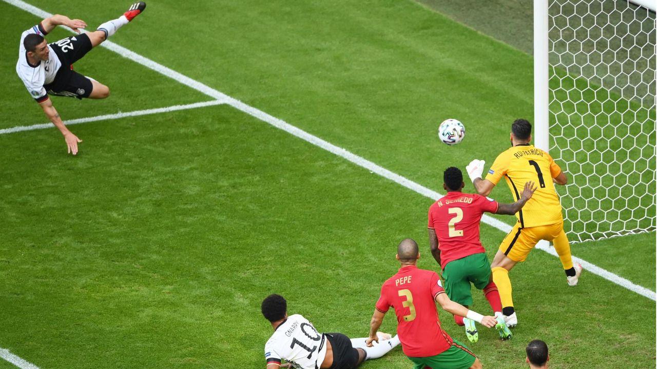 Festival de Alemania ante una Portugal incapaz de parar a Gosens |2-4