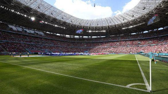 La UEFA abre una investigación por posibles cánticos racistas en Budapest