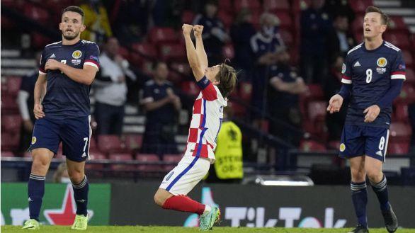 Modric eleva a Croacia e Inglaterra sigue con más resultado que juego