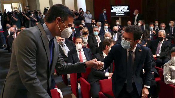 La oposición abre la vía judicial contra los indultos de Sánchez