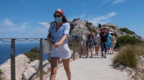 Reino Unido incluye a Baleares entre los destinos seguros de viaje