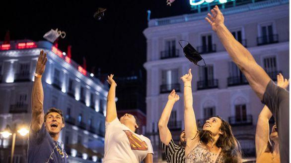 España se quita la mascarilla con un tercio de la población vacunada con pauta completa