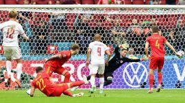 Dinamarca entra en los cuartos de final con paliza a Gales | 0-4