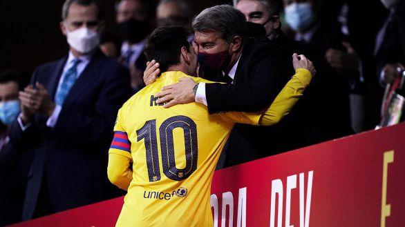 El dilema de Laporta ya tiene cifras: si renueva Messi, hipoteca y debilita al equipo