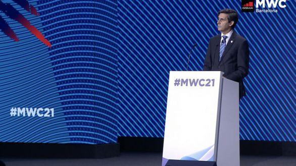 """Álvarez-Pallete: """"Hay que llevar ya la digitalización al siguiente nivel con la Inteligencia Artificial"""""""