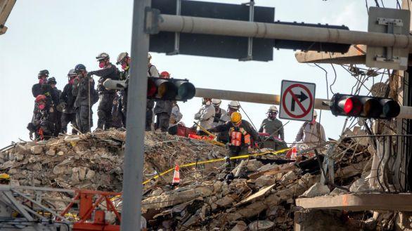 Aumentan a 16 los muertos por el derrumbe en Surfside