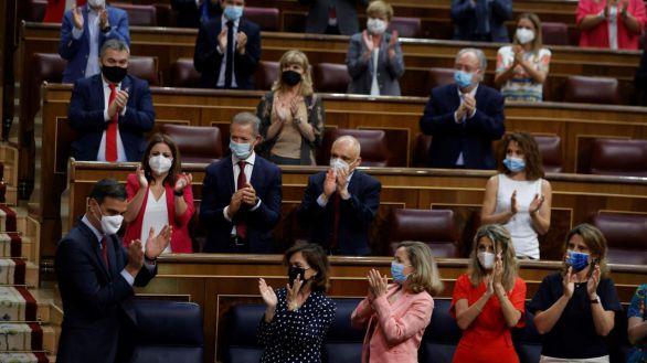 Sánchez reta a Casado a presentar una moción de censura tras los indultos