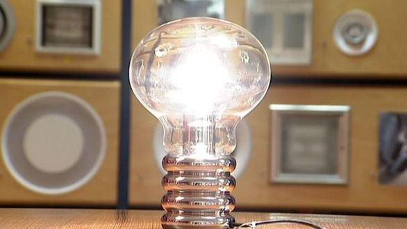 El precio de la luz será este viernes el segundo más alto de la historia: 99,8 €/MWh