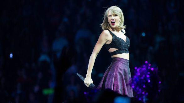 Un policía de Estados Unidos usa la música de Taylor Swift como