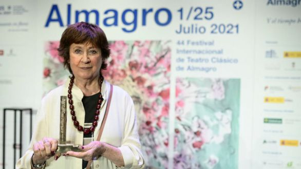 Julieta Serrano recibe el XXI Premio Corral de Comedias del Festival de Almagro