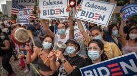 Biden pide aprobar una reforma migratoria para ganar la