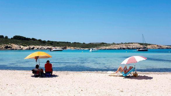 El Gobierno espera que lleguen 37 millones de turistas hasta final de año