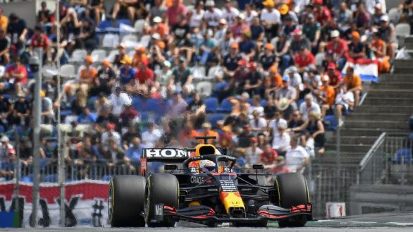 GP de Austria. Verstappen domina, clase de Sainz y orgullo de Alonso