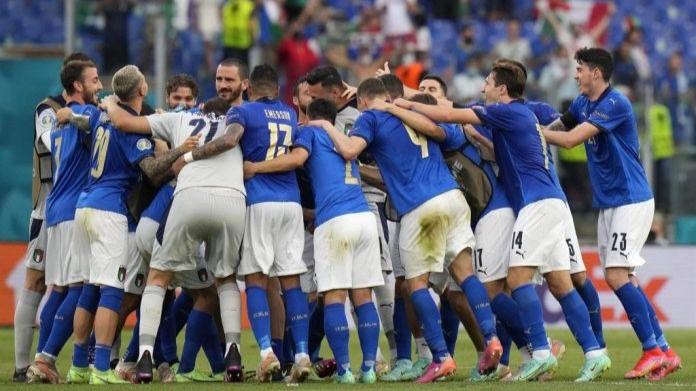 La estadística coloca a Italia e Inglaterra como los grandes favoritos