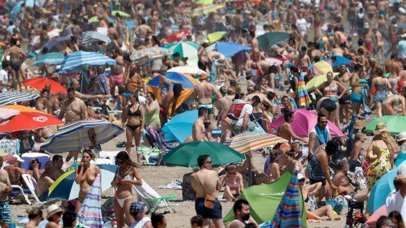 Playas abarrotadas este fin de semana en un verano de reactivación del turismo