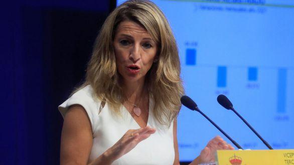 Díaz urge a Sánchez a tomar una decisión sobre el SMI,