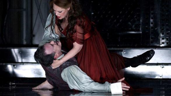 El Teatro Real clausura con Tosca, de Puccini, una temporada de excellentia