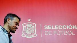 Luis Enrique, tranquilo, bromea antes de las semifinales ante Italia