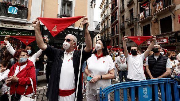 Pamplona, sin sus fiestas, entona ya un 'Pobre de mí' de dos años de duración