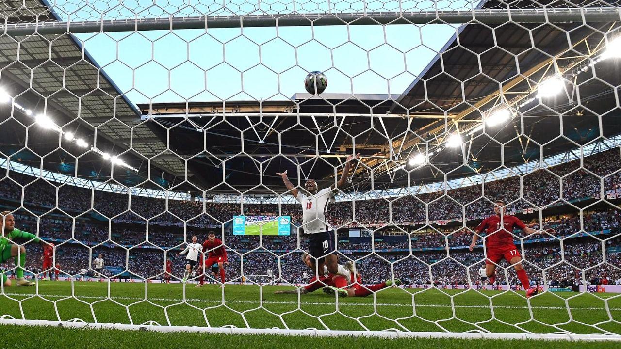 La polémica arbitral echa a Dinamarca y mete en la final a Inglaterra