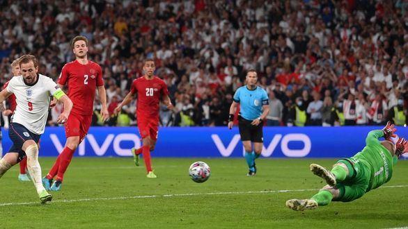 Dinamarca estalla contra la UEFA por su eliminación ante Inglaterra